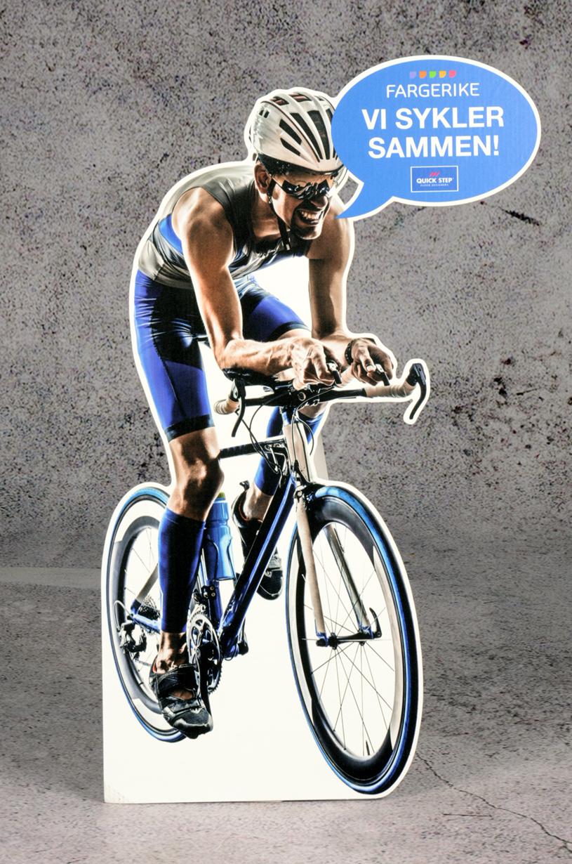 Pappfigur av syklist